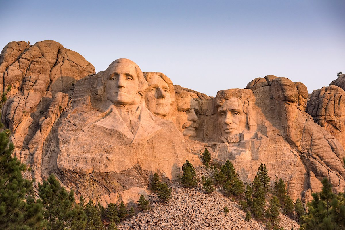South Dakota ... Where U.S. history comes alive !