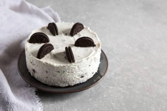 Vanilla Oreo cheesecake