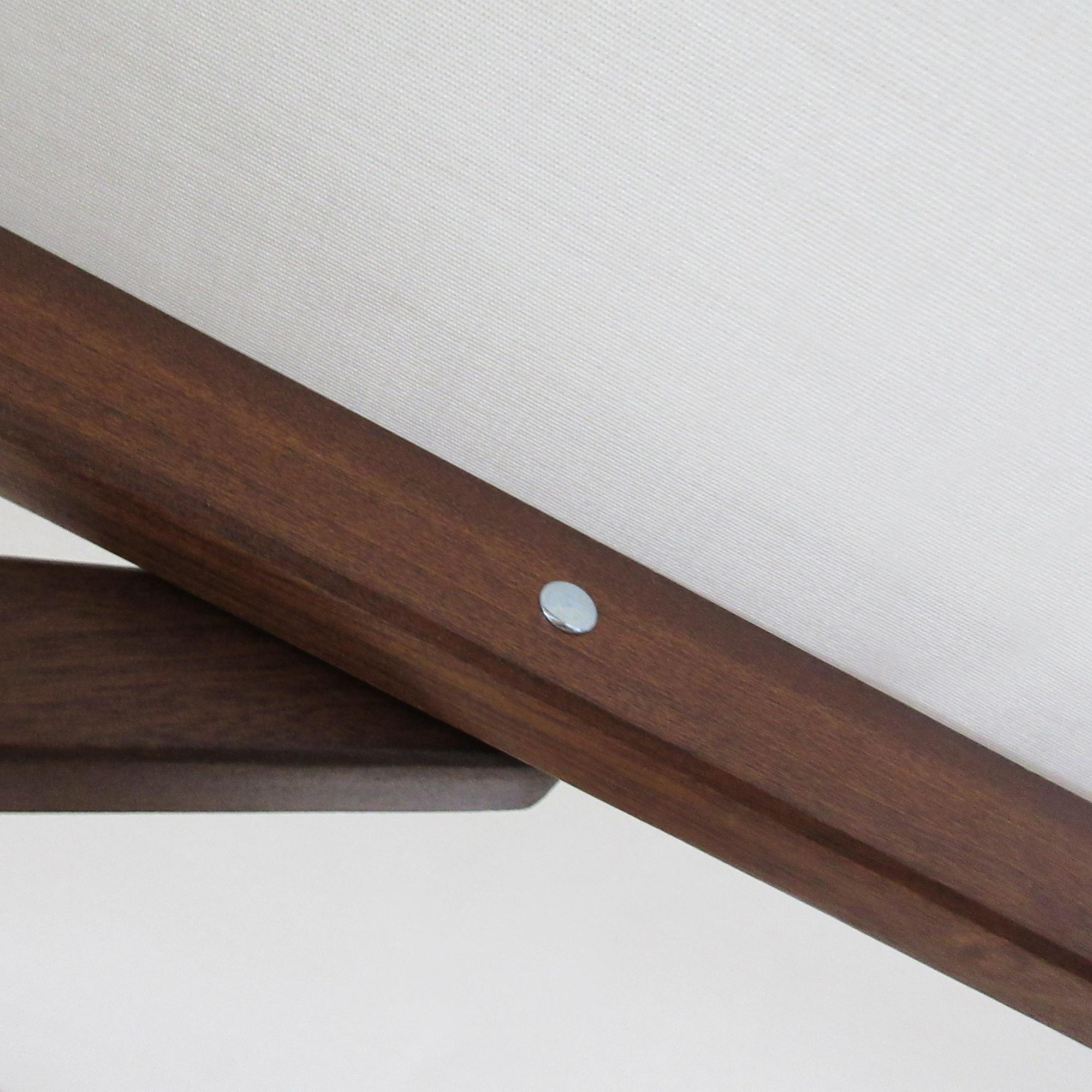 Umbrella Rib Closeup