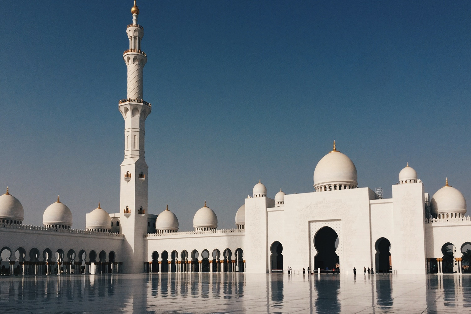 Middle-East-Mosque-Abu-Dhabi