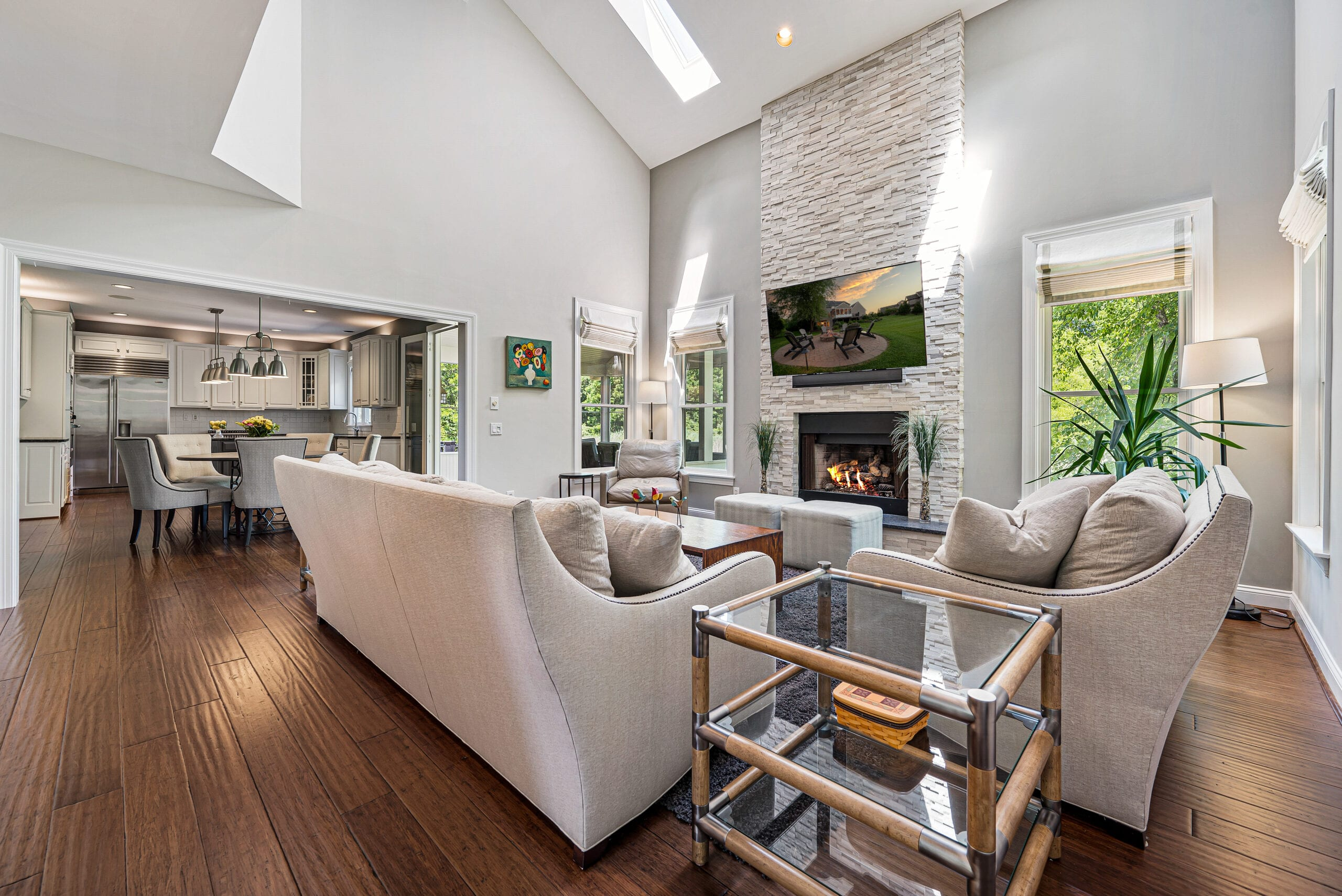 Chester County Real Estate Living room photograph