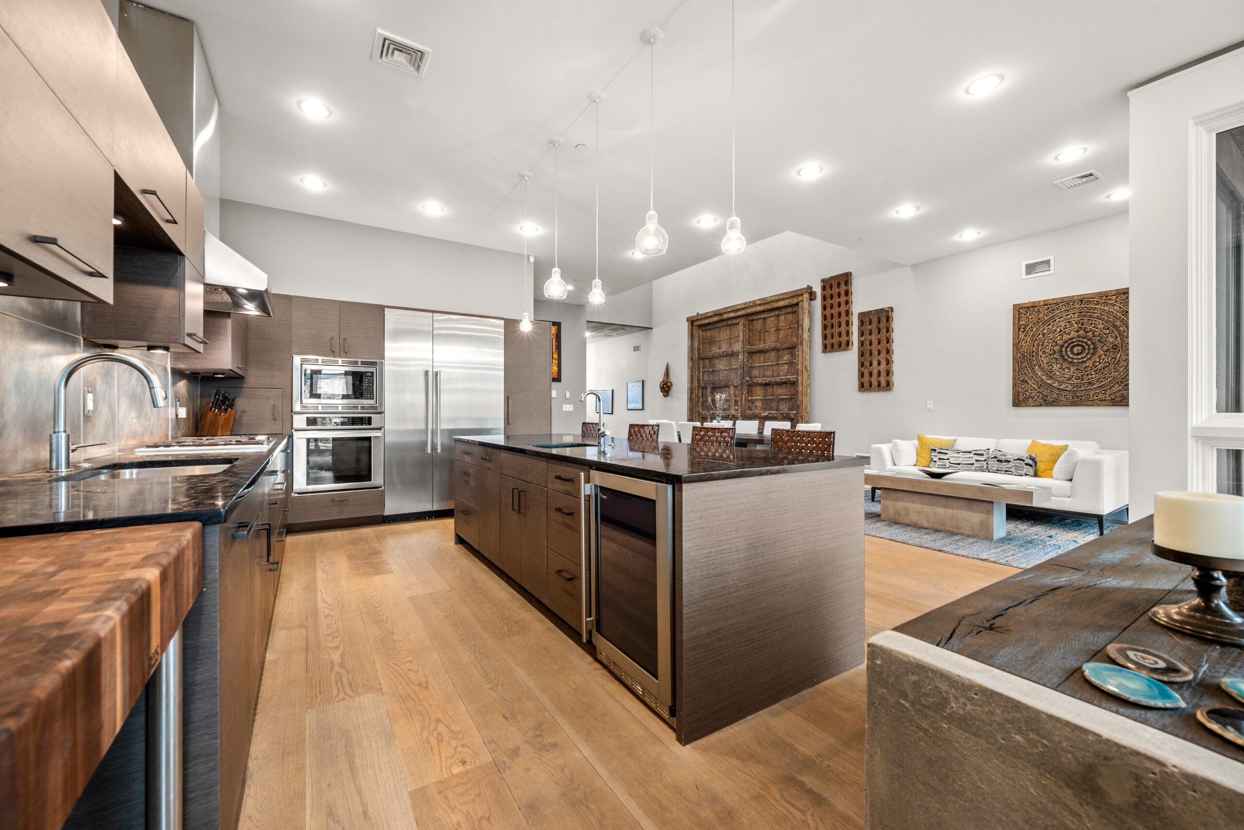 Philadelphia Real Estate Photography of a luxury kitchen