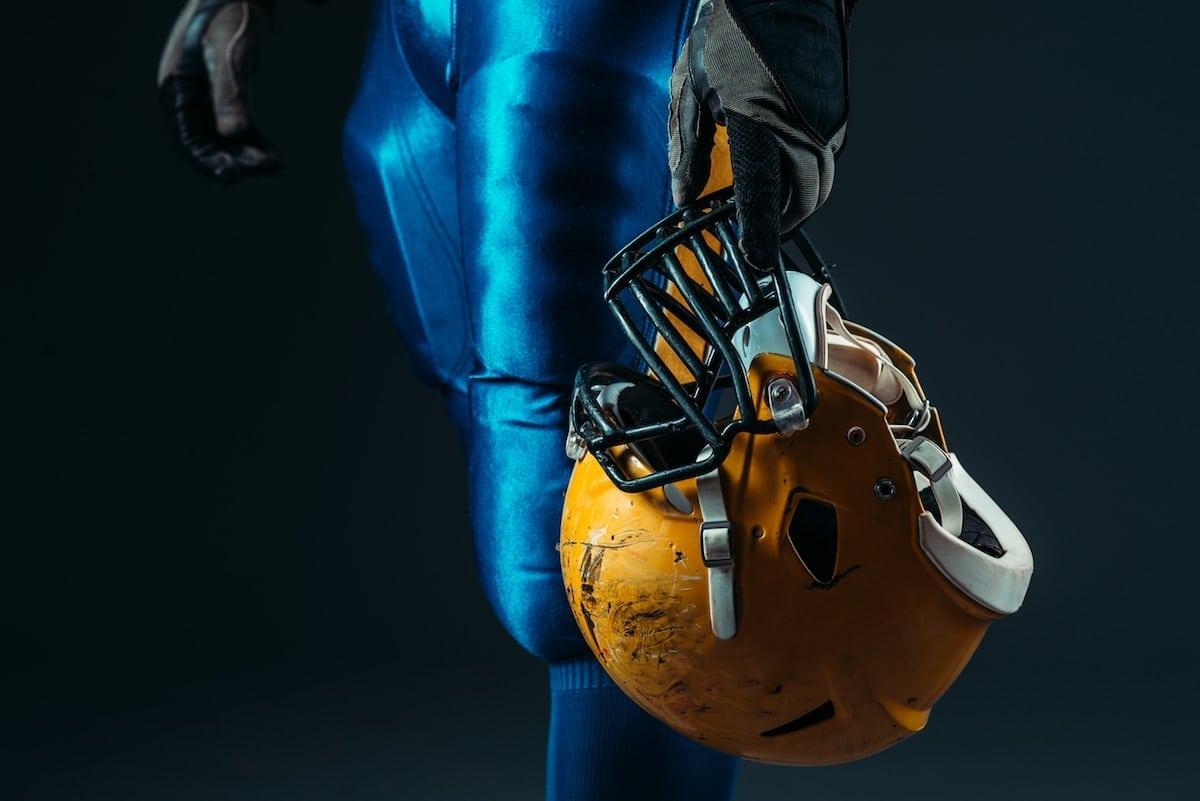 Why Athletes Should Use CBD Hemp Oil   Dr. John's Remedies   Athletes