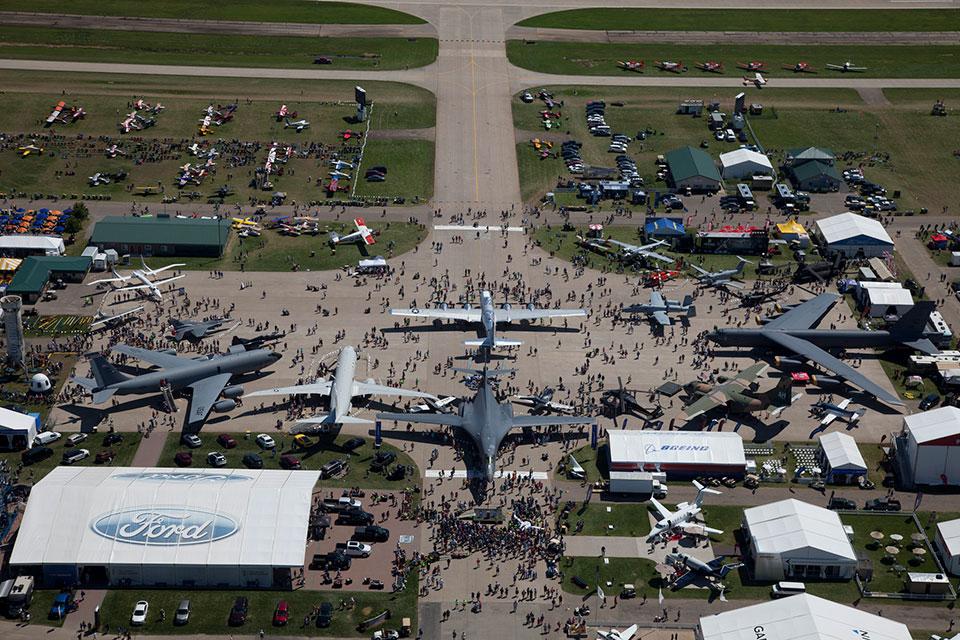 EAA AirVenture returns to Oshkosh