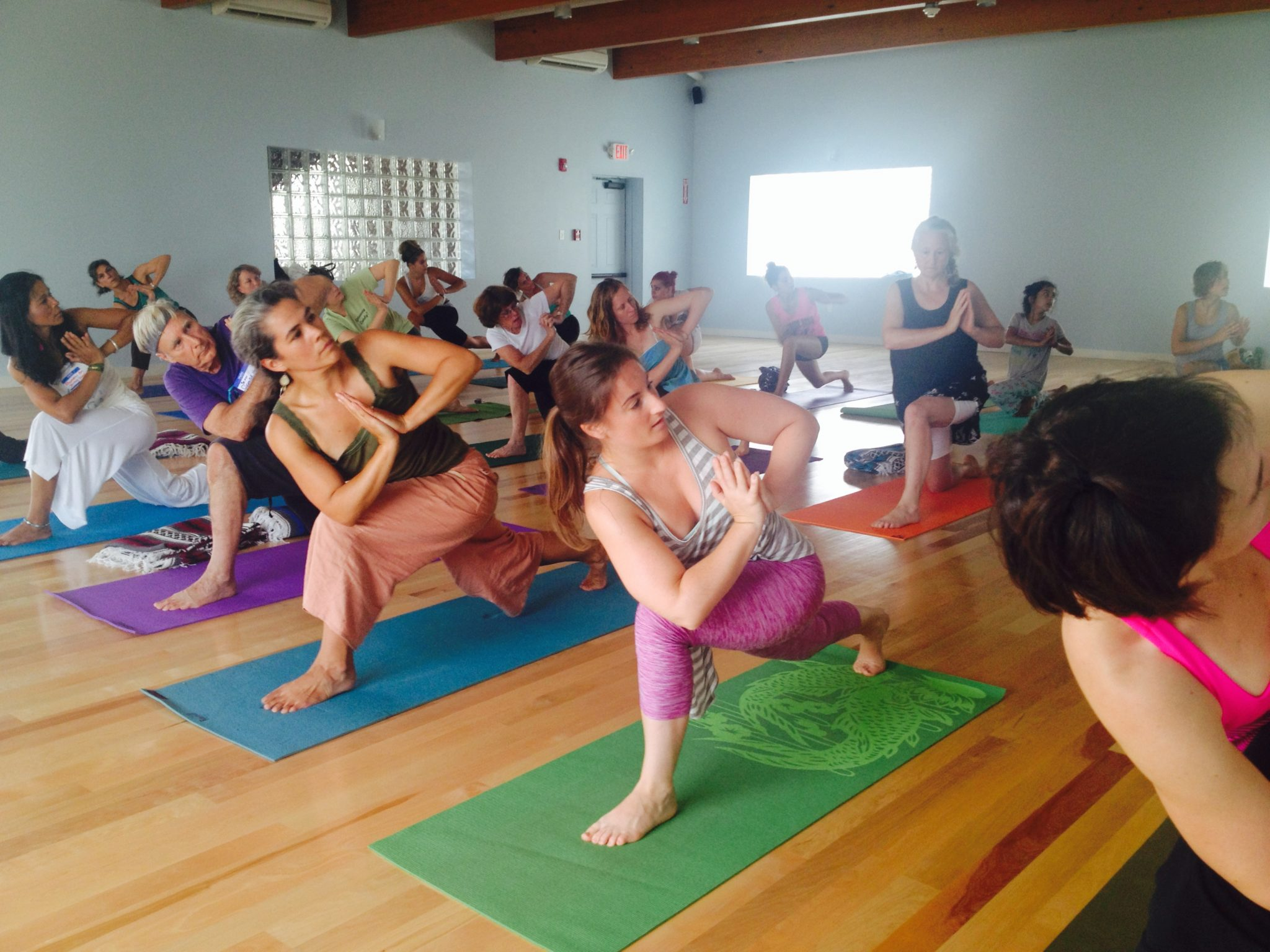 6 Things You Need To Design An Awesome Yoga Class