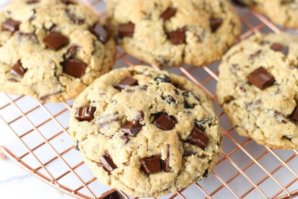 oatmeal cherry chocolate chunk cookies