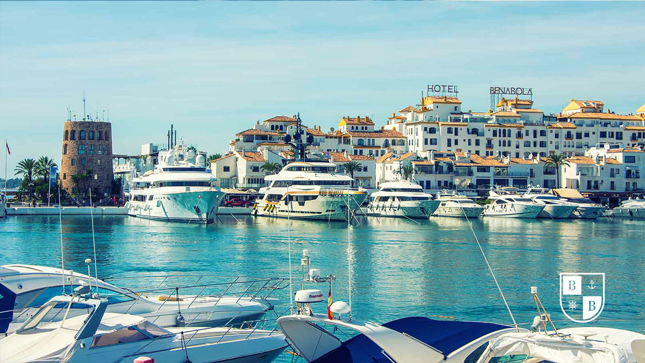 Puerto Banus Marina - Luxury BnB Yacht Charter Marbella