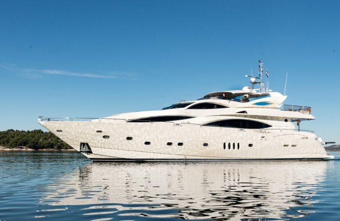 Motor yacht BABY I