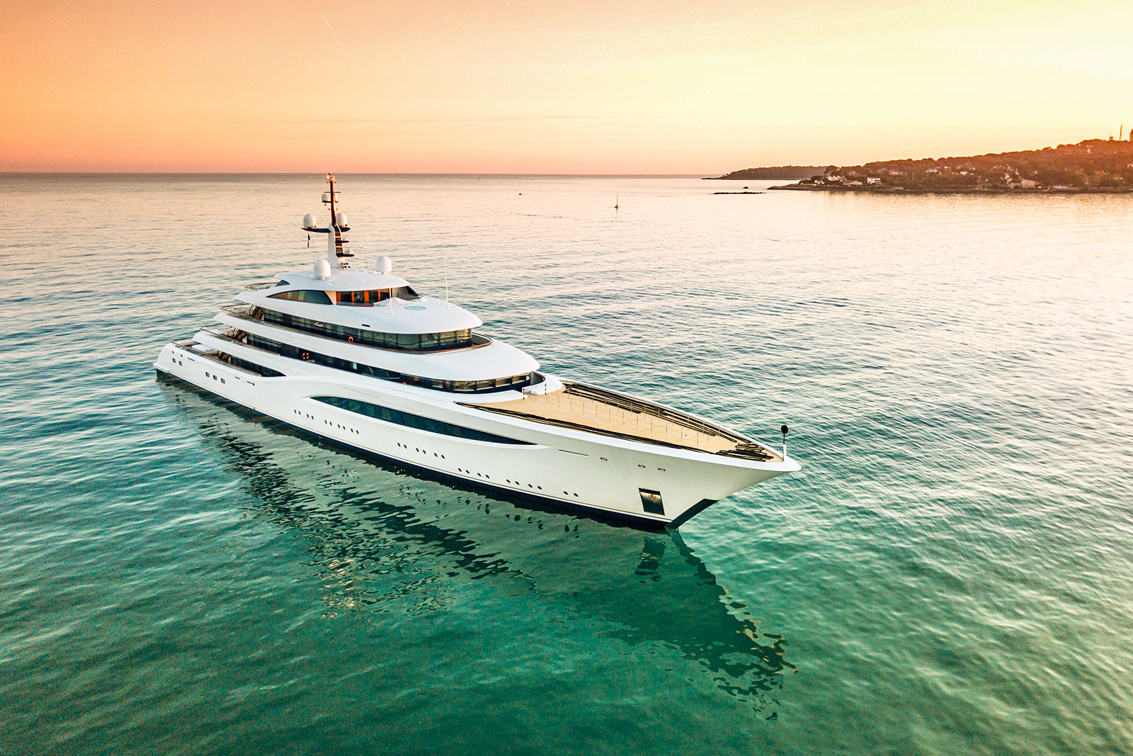 12 Mediterranean Yachts Over 35m to Charter in Summer 2020