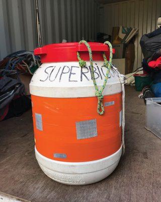 sailing-grab-bag-hard-waterproof-container