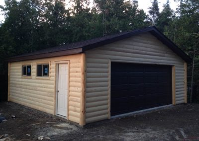Upgrades Shown: Aluminum Soffit and Fascia -  Half Log Siding
