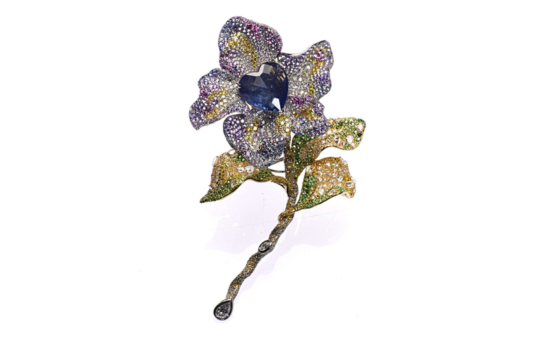 CINDY-CHAO-The-Art-Jewel-Black-Label-Masterpiece-Tipsy-Brooch_jpg--2160x0-q90-crop-scale-subsampling-2-upscale-false