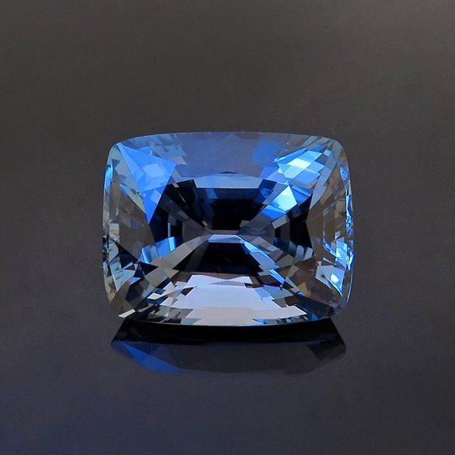 Leibish & Co 31.40 Carat Loose Gemstone Cushion Cut Blue Diamond