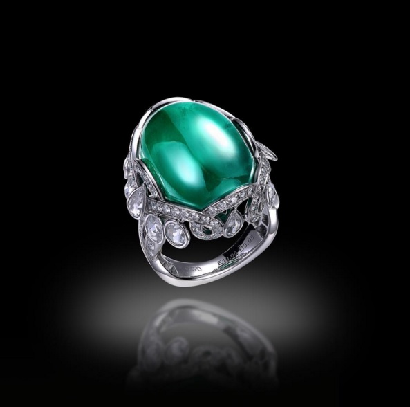 Cabochon and Diamond Ring