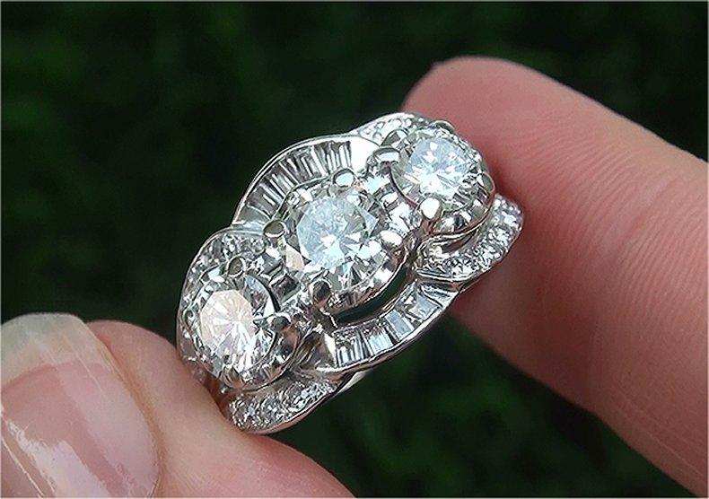 Estate 2.30 ct VS2/G Natural Diamond 3 Stone Past Present Future 14k Gold Ring