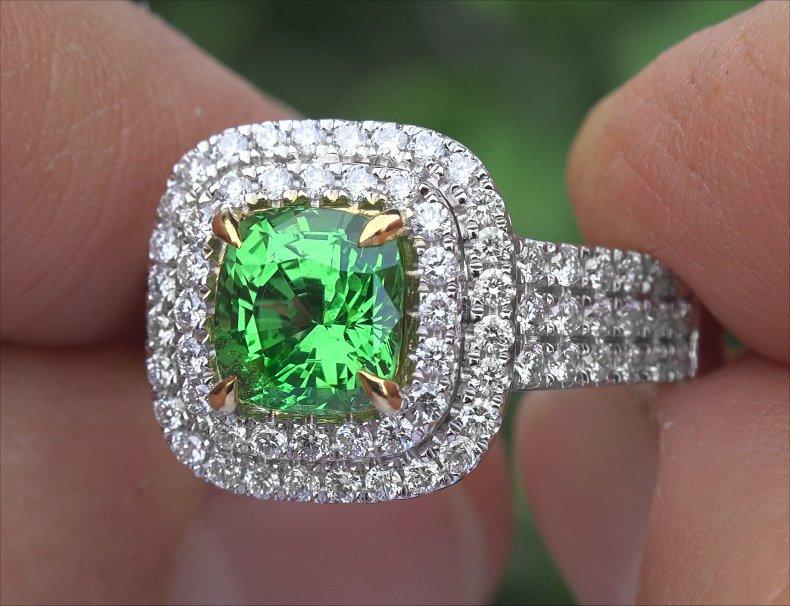 GIA 3.47 ct VS Natural Tsavorite Garnet Diamond Solid 14k Gold Estate Ring