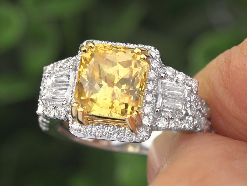 GIA 6.03 ct UNHEATED Natural VIVID Yellow Sapphire Diamond 14k Gold Ring