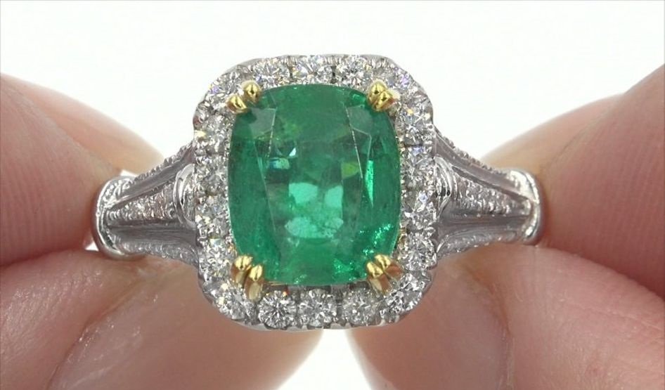 GIA Certified 4.01 ct Natural Green Emerald Diamond Solid Platinum Estate Ring