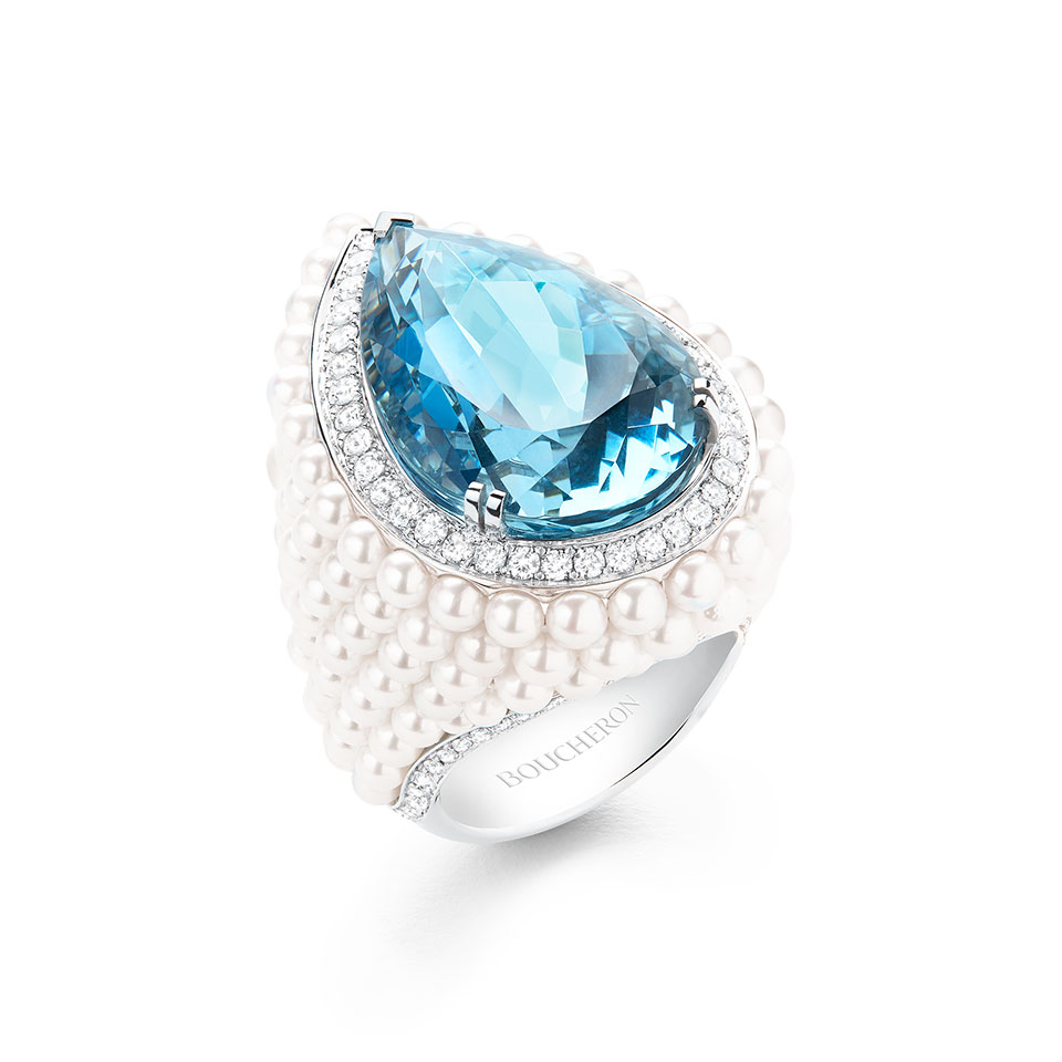 BAÏKAL Ring set with a 24,87 ct Santa Maria pear aquamarine and cultured pearls, paved with diamonds, on white gold.