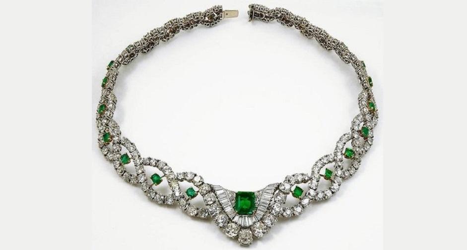 Cartier Diamond Emerald Necklace