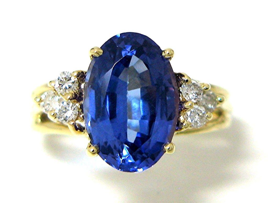 3.09 Ct Tanzanite and Diamond Ring