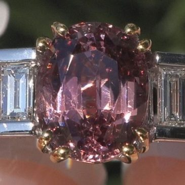 An Exquisite GIA Certified Unheated Natural Pink Spinel Diamond 14k Gold Ring VS 3.66 Cwt