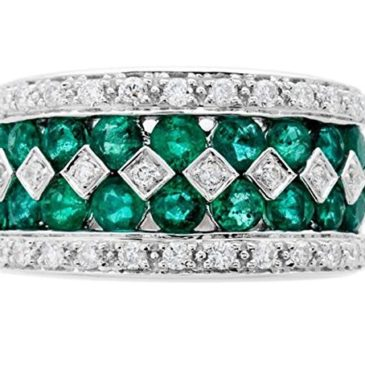 A Wonderful Emerald and Diamond Band Ring Design