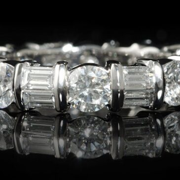 Fabulous Diamond Rings at Firenze Jewels