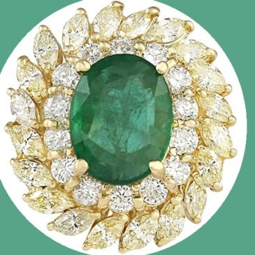 Gorgeous 8.57 Ct Colombian Emerald and Diamond Ring