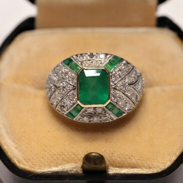 Gorgeous Art Deco Emerald and Diamond Ring