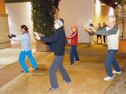Heather Leading Tai Chi at La Encantada, in the class is  Dr. Katzenberg for one of our first DocWalk physicians! and a big supporter of Tai Chi.
