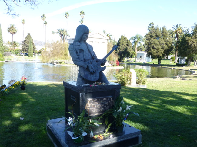 Johnny Ramone Grave Hollywood Forever Cemetery