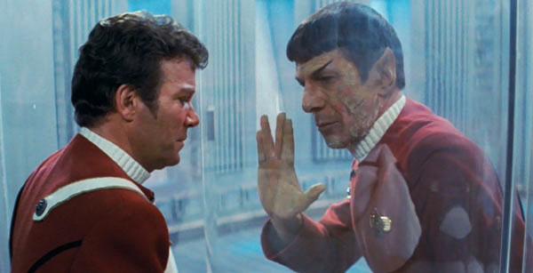 star-trek-ii-the-wrath-of-khan-kirk-spock-dying-william-shatner-leonard-nimoy