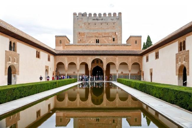 alhambra 5 pool