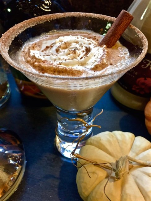 pumpkin-pie-spice-vanilla-vodka-martini-4-1