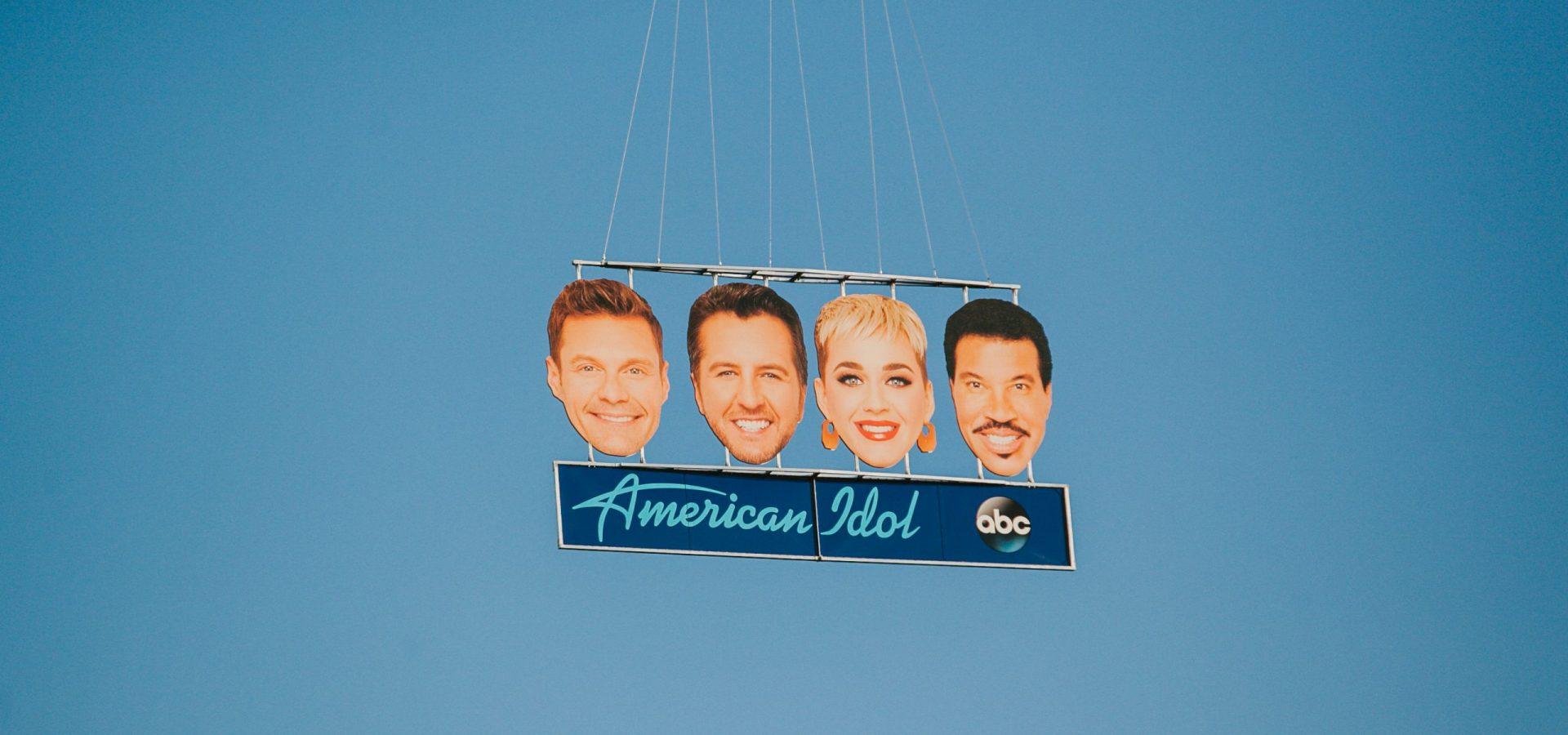 american idol hollywood heads stunt flyover