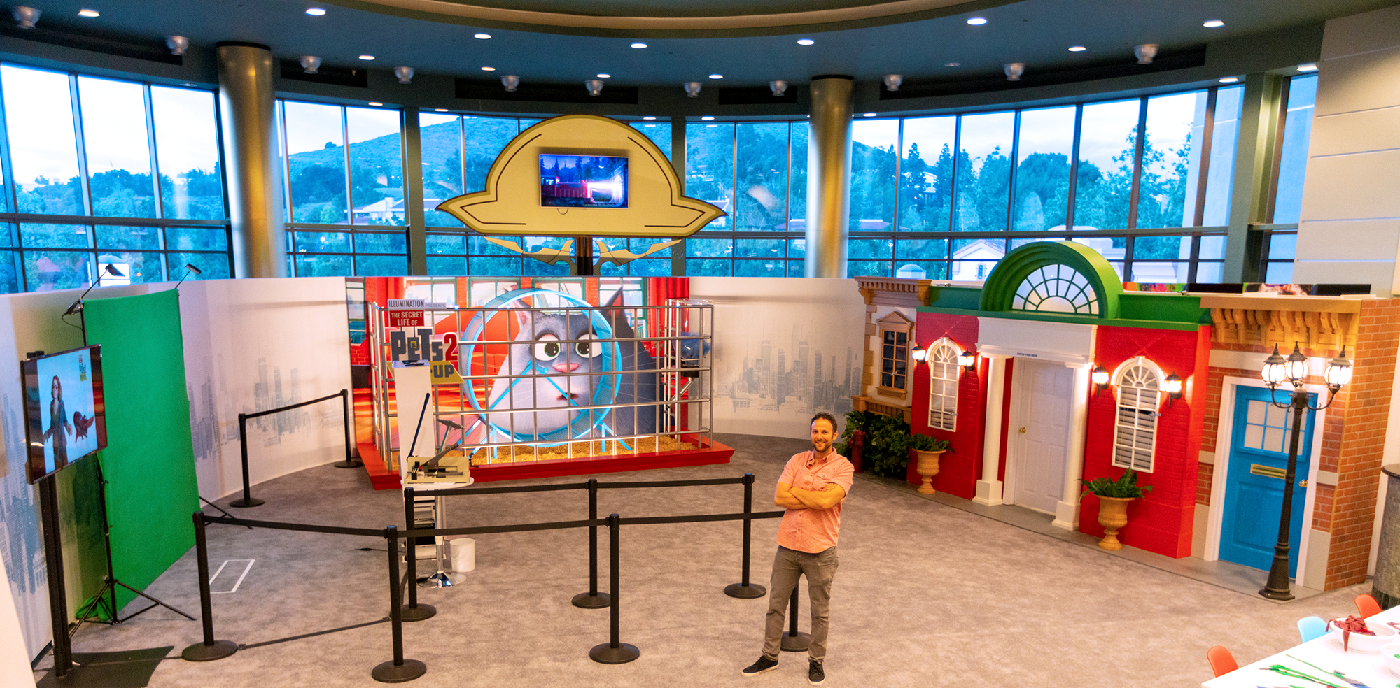 The secret life of pets pop up - AMC Theater Sean Pedeflous