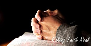 780_bible_hands_making faith real