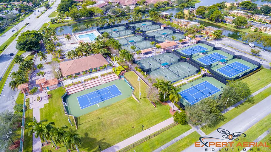 aerial-sunrise-tennis-club