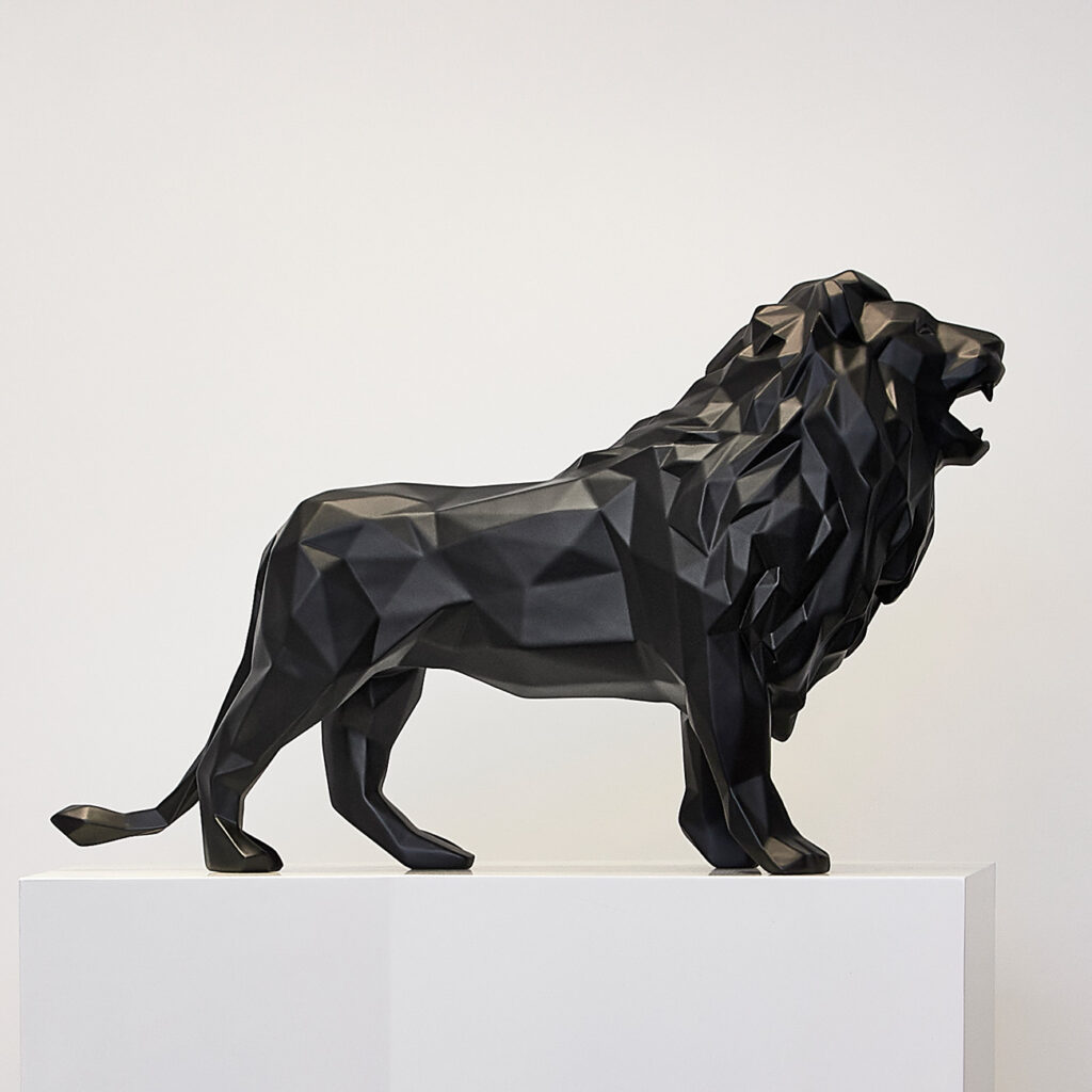 lion-matt-black-