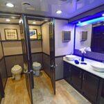 blue light restroom trailers1