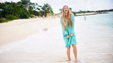 Yoga Girl ta adverti su mas di 2 miyon siguidornan pa NO bin Aruba