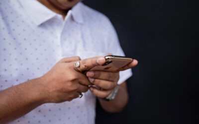 """Ask Dr. Sherry: """"I Caught My Boyfriend Texting Another Woman, But Now I Don't Think I Want To Move On"""""""