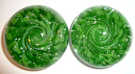 Paperweights mixed-green keepsakes were made to honor a father's Irish heritage