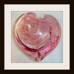 Heart Sculpture with Pink Mix