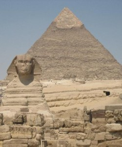 Sphinx-Pyramid-Egypt