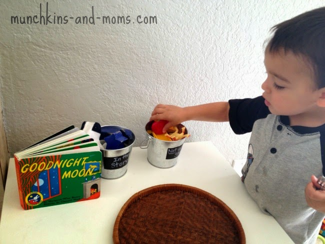 "Preschool literacy activity with the book ""Goodnight Moon"""