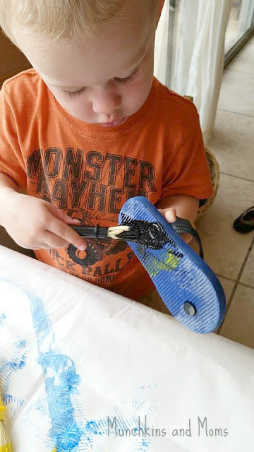Make fun process art using flip flops! A great cooperative and process art activity for kids!