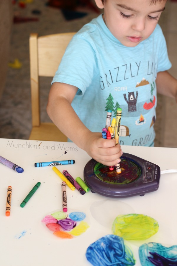 Brilliant! This is such an easy way to make suncatchers with kids!