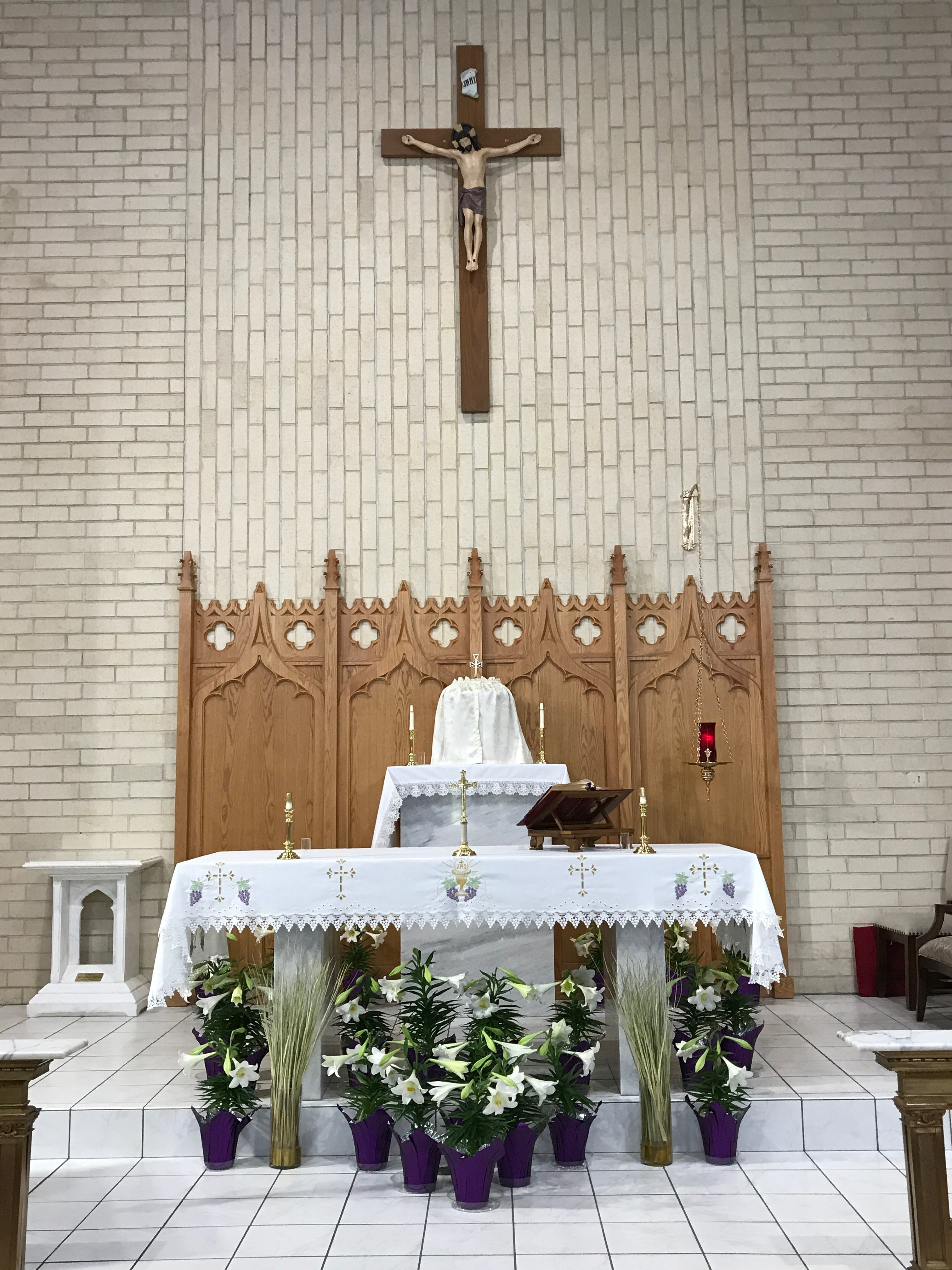 Easter Altar 3